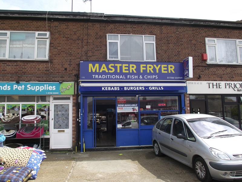 FREEHOLD/LEASE FOR SALE, Master Fryer, Rainham. Ref. 1705