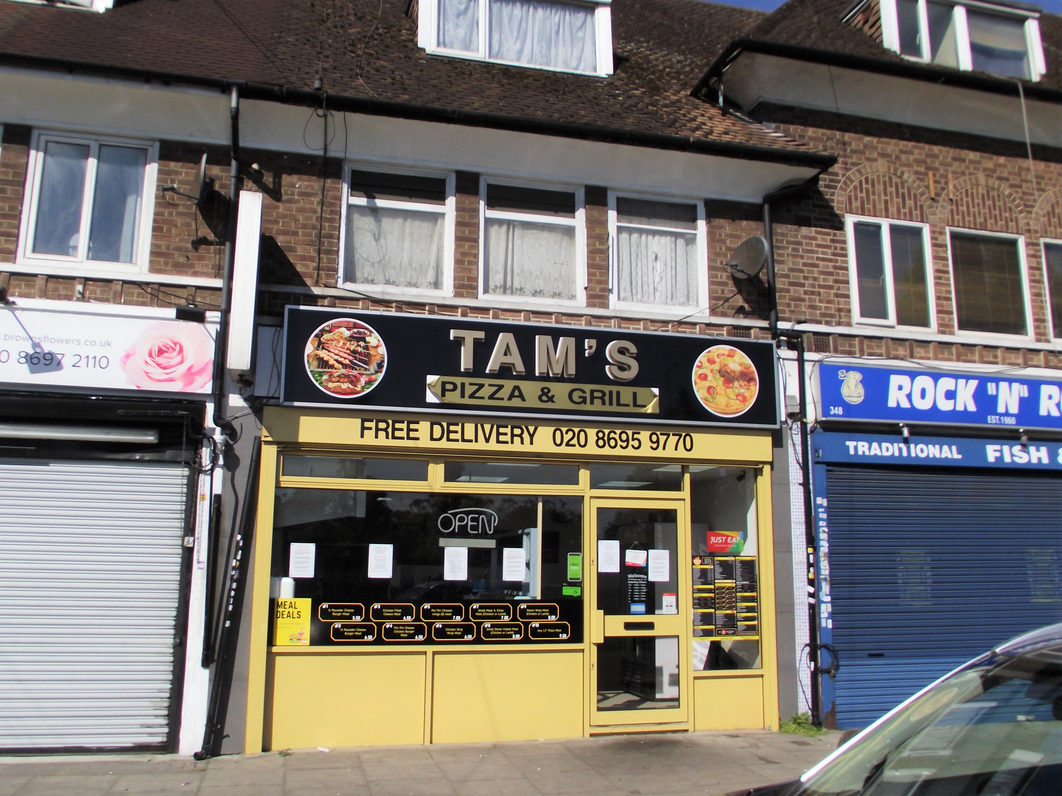 LEASE FOR SALE, Tam's Pizza & Grill, South East London. Ref.1743